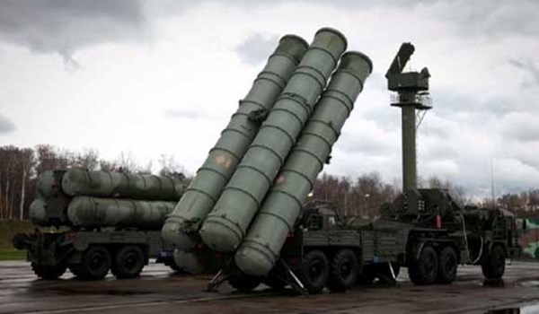 Russian S-300 missile battery 4-21-2018.jpg